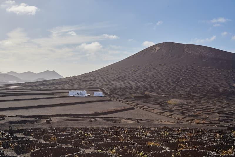 Media Pensión-Turismo en Lanzarote-Paisaje Volcánico